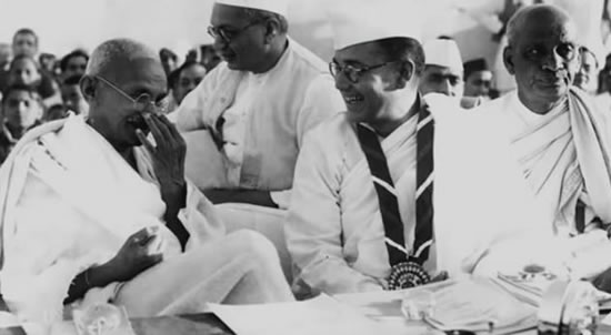 Nethaji Subhash Chandra Bose with Gandhi