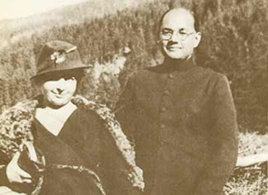 Nethaji Subhash Chandra Bose with wife Emilie Shenkl